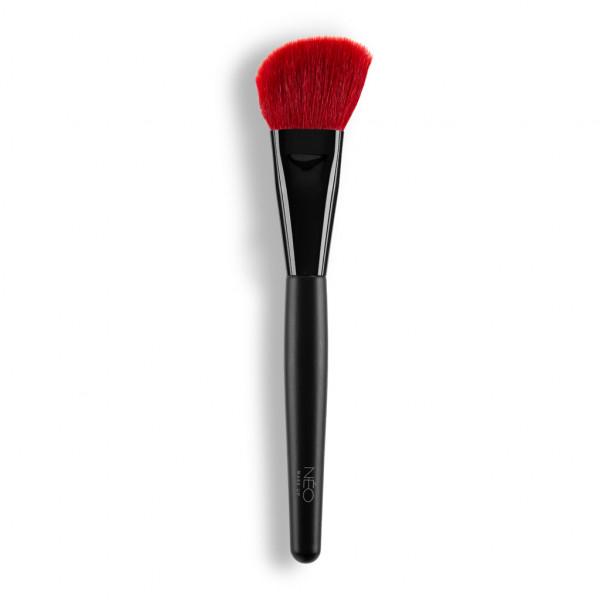 07 Angled Blush Brush