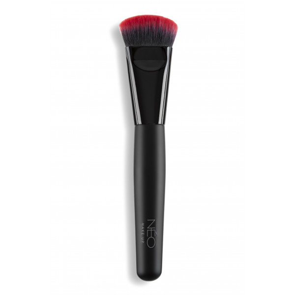 06 Contouring Brush